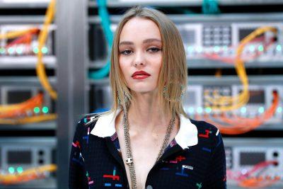 Lily-Rose Melody Depp Wallpaper