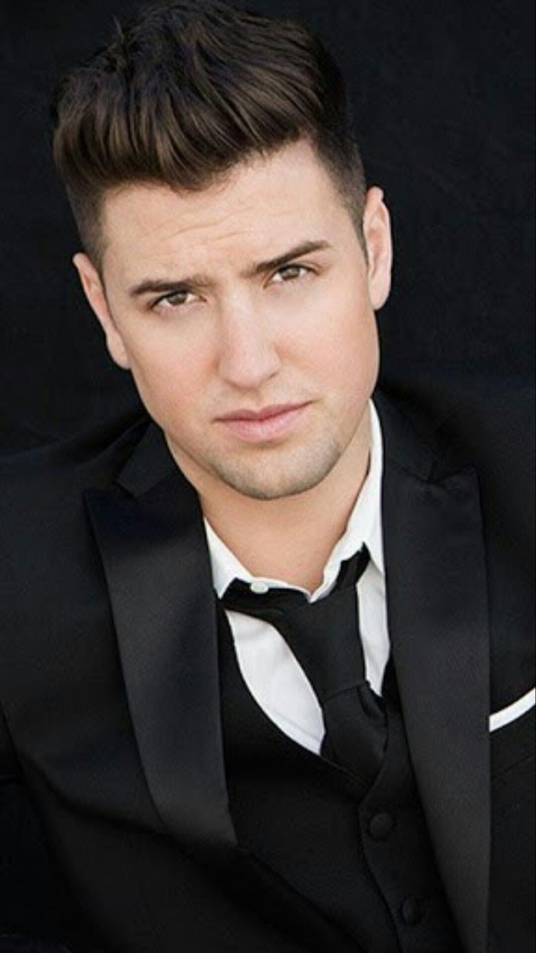 Logan Henderson HD Wallpapers | 7wallpapers.net