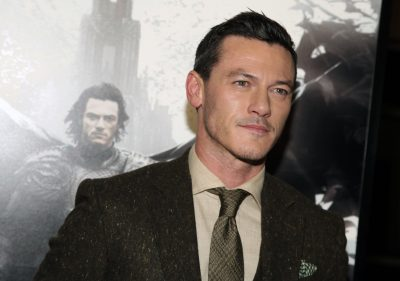 Luke Evans Widescreen