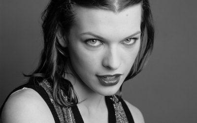 Milla Jovovich Widescreen for desktop