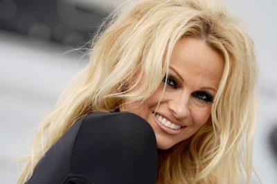Pamela Anderson Widescreen for desktop