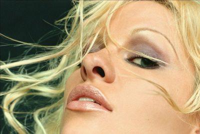Pamela Anderson Screensavers