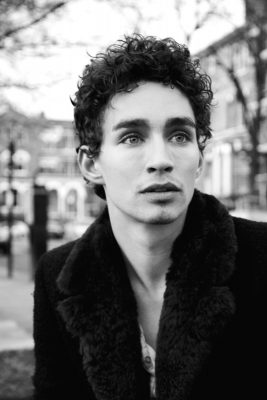 Robert Sheehan Wallpapers hd