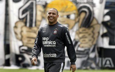Ronaldo Luis Nazario da Lima Background