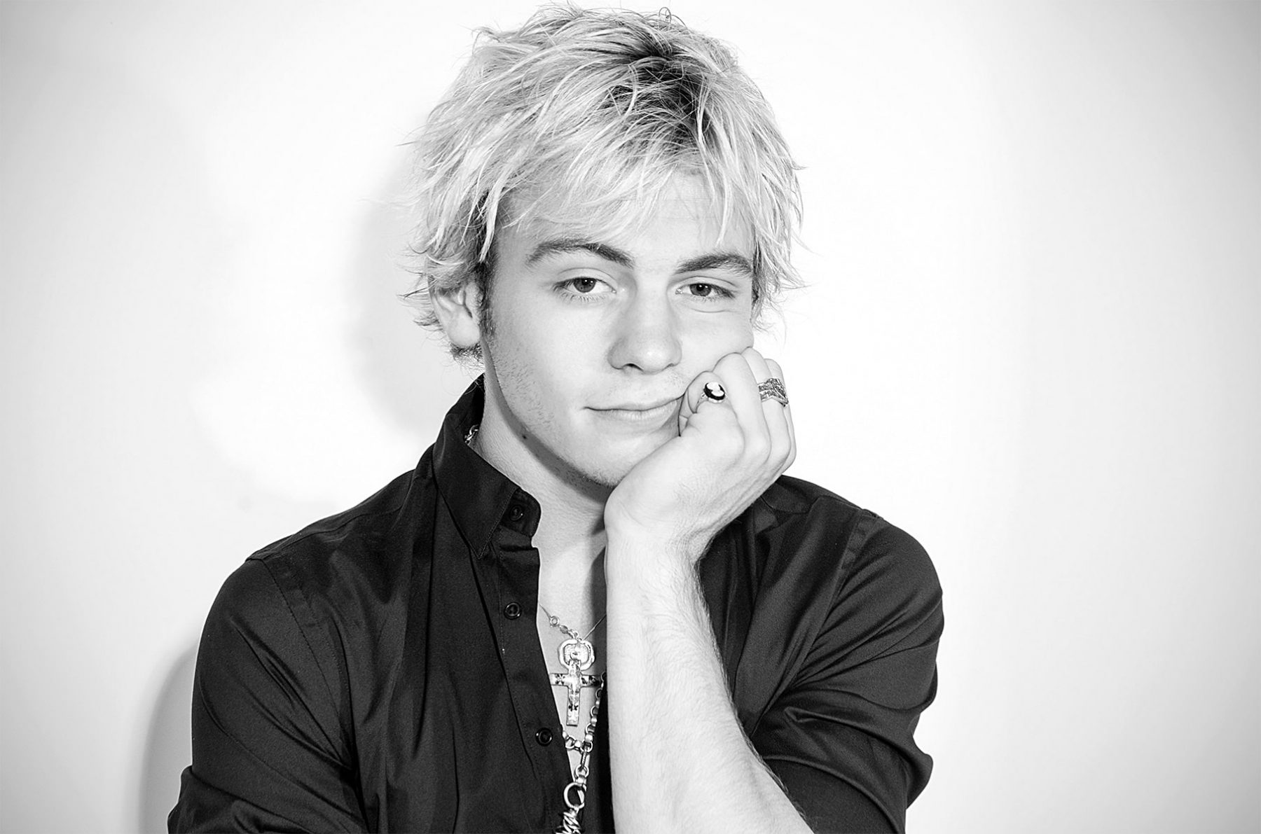 What is ross lynch doing now