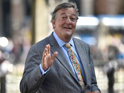 Stephen Fry Backgrounds